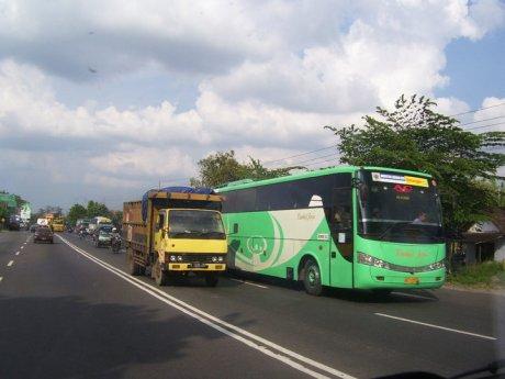 bis bus timbul jaya
